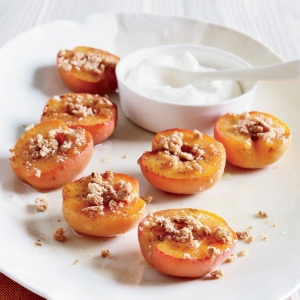 Honey-Roasted Apricots w/Amaretti Cookies Beauty. A110525 Food & Wine. Well Being/Chef Recipes Made Easy. September 2011
